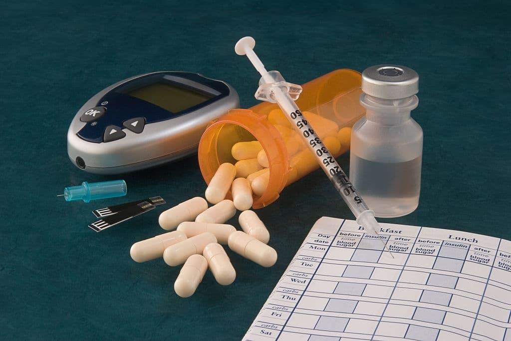 الأدوات التي أحتاجها لقياس نسبة السكر في الدم
