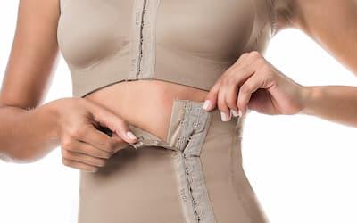 ارتداء ملابس ضغط بعد عملية شد البطن